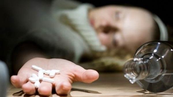 تزامنا مع حوادث الاختفاء المتكررة في لبنان...6 فتيات حاولن الانتحار في مدة زمنية لا تتجاوز الأسبوع...علاقات عاطفية فاشلة ومعاملة أهل سيئة
