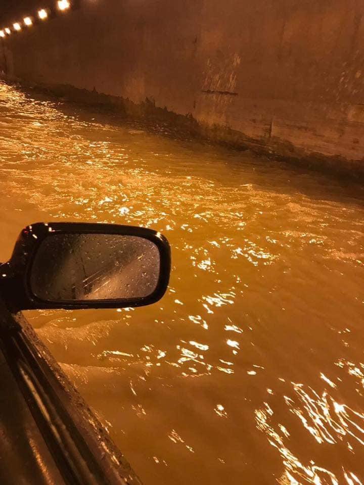 """المدير التنفيذي لشركة MEAS: هناك غرفة مضخات لتصريف المياه وعندما تساقطت الأمطار عملت المضخات بشكل """"أوتوماتيكي"""" طبيعي ولكن كمية المياه داخل نفق الأوزاعي فاقت قدرة الضخ"""
