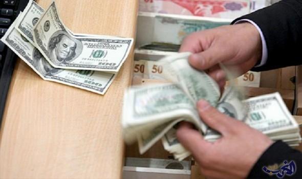 الجمهورية: دولار الصيارفة وصل الى 1600 بسبب إنحسار الطلب بعد الاحتجاجات
