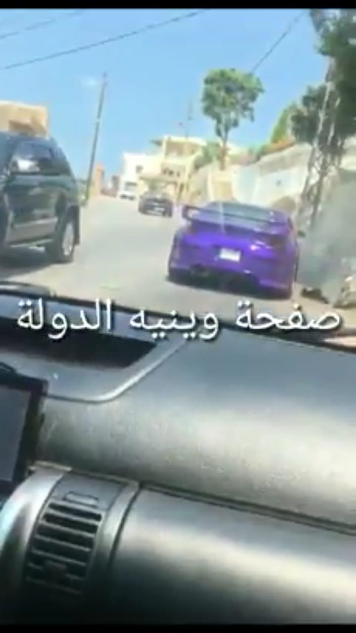 """بالفيديو/ قيادة """"طايشة"""" في جبيل أدت الى حادث سير وتحطم السيارة"""