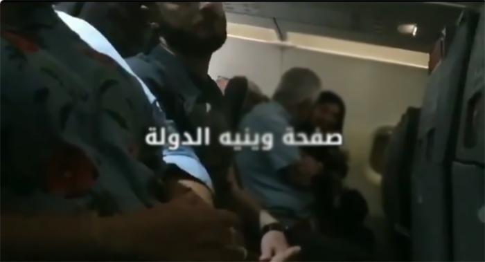 """بالفيديو/ شجار على متن الطائرة خلال رحلة من بيروت إلى انطاليا...""""اليوم بدي طلّق""""!"""