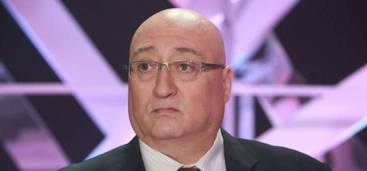 جوزيف أبو فاضل: الحكومة تتّجه إلى الإستقالة مع أنباء عن تشكيل حكومة تكنوقراط برئاسة الحريري