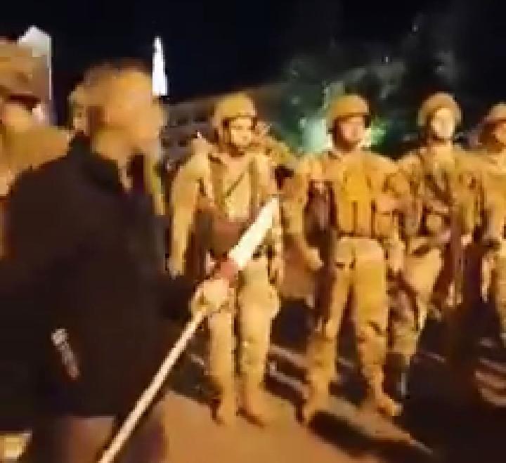 بالفيديو/اثناء حصول الاعتداء على موكب التيار الوطني الحر في بكفيا