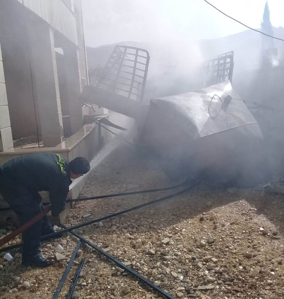 إنفجار خزان مازوت ممتلئ بالمحروقات في عين بورضاي أثناء تلحيمه مما أدى إلى إصابة عاملين سوريين
