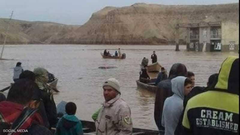 السيول تجتاح العراق...ارتفاع حصيلة الضحايا ونزوح 7 الاف أسرة من منازلها