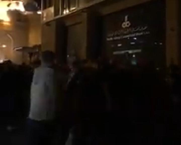 بالفيديو/ اثناء وصول عشرات الشبان من طرابلس إلى بيروت لمؤازة المتظاهرين في وسط بيروت