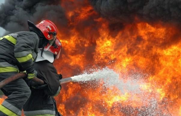 """الدفاع المدني يعلن التأهب التام لتأمين السلامة العامة ليلة رأس السنة:"""" تم استنفار المراكز المنتشرة على الأراضي اللبنانية كافة"""""""