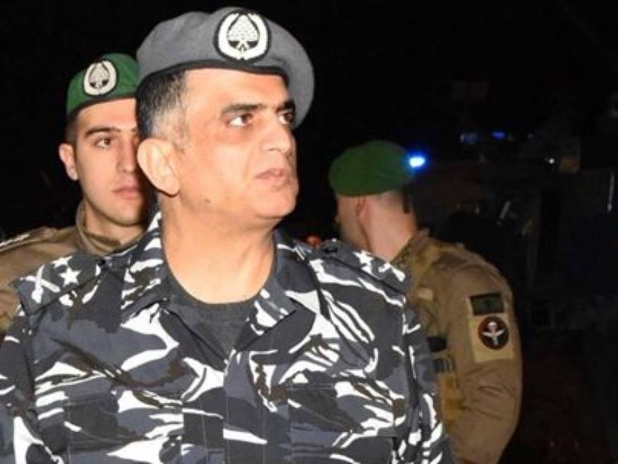 """اللواء عثمان في وسط بيروت: """"نحن نطبق القانون وعلى الجميع احترام """"بدلتنا""""...ولا علاقة لنا بالسياسة وجئت لأخبر العسكر أن هؤلاء المتظاهرين هم أهلنا"""""""
