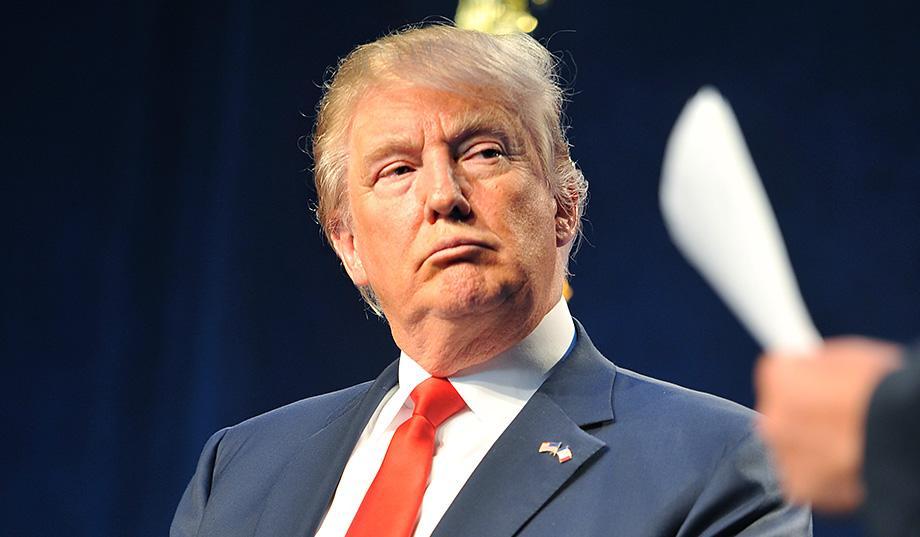 مجلة إسبانية تنشر تقريرا حول إصابة الرئيس الأميركي بمرض عقلي... اضطراب الشخصية النرجسية وهوس العظمة والإعجاب !
