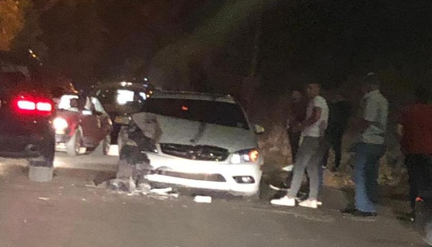 حادث سير على طريق الطيري - بنت جبيل بين 4 سيارات