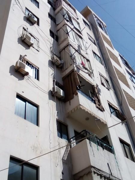 في صيدا...سقطت من الطابق الـ 5 من مبنى وحالتها حرجة!