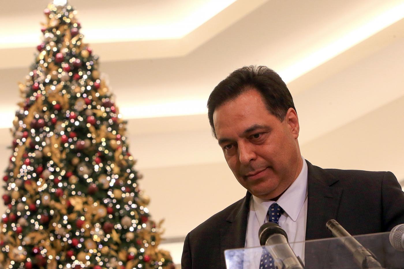 دياب معايداً اللبنانيين: على أمل أن يبدّد الميلاد هواجس اللبنانيين وأن تكون ولادة الحلول لأزمات لبنان قريبة جداً