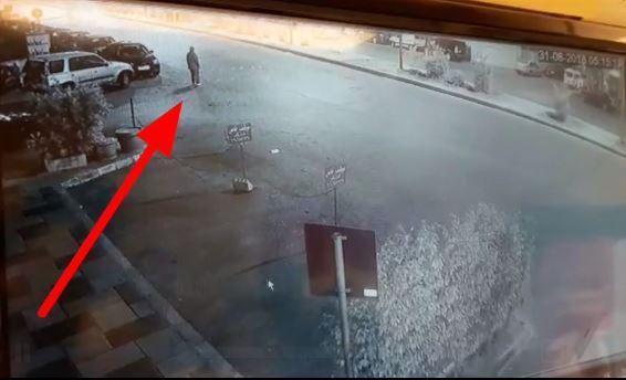 """بالفيديو/ حادث صدم ثان في بيروت بسبب السرعة الجنونية أودى بحياة """"زبيدة"""" والسائق فر الى جهة مجهولة !"""