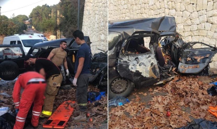 بالصور/ قتيلان إثر حادث تدهور سيارة على طريق عام حريصا قرب مفرق بكركي