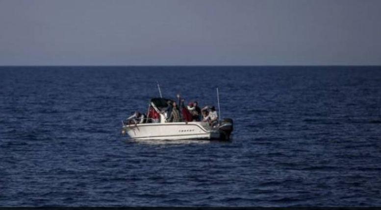 الجيش اللبناني احبط عملية تهريب اشخاص عبر البحر الى الخارج.. رُصد المركب في عرض البحر مقابل الشاطىء الشمال