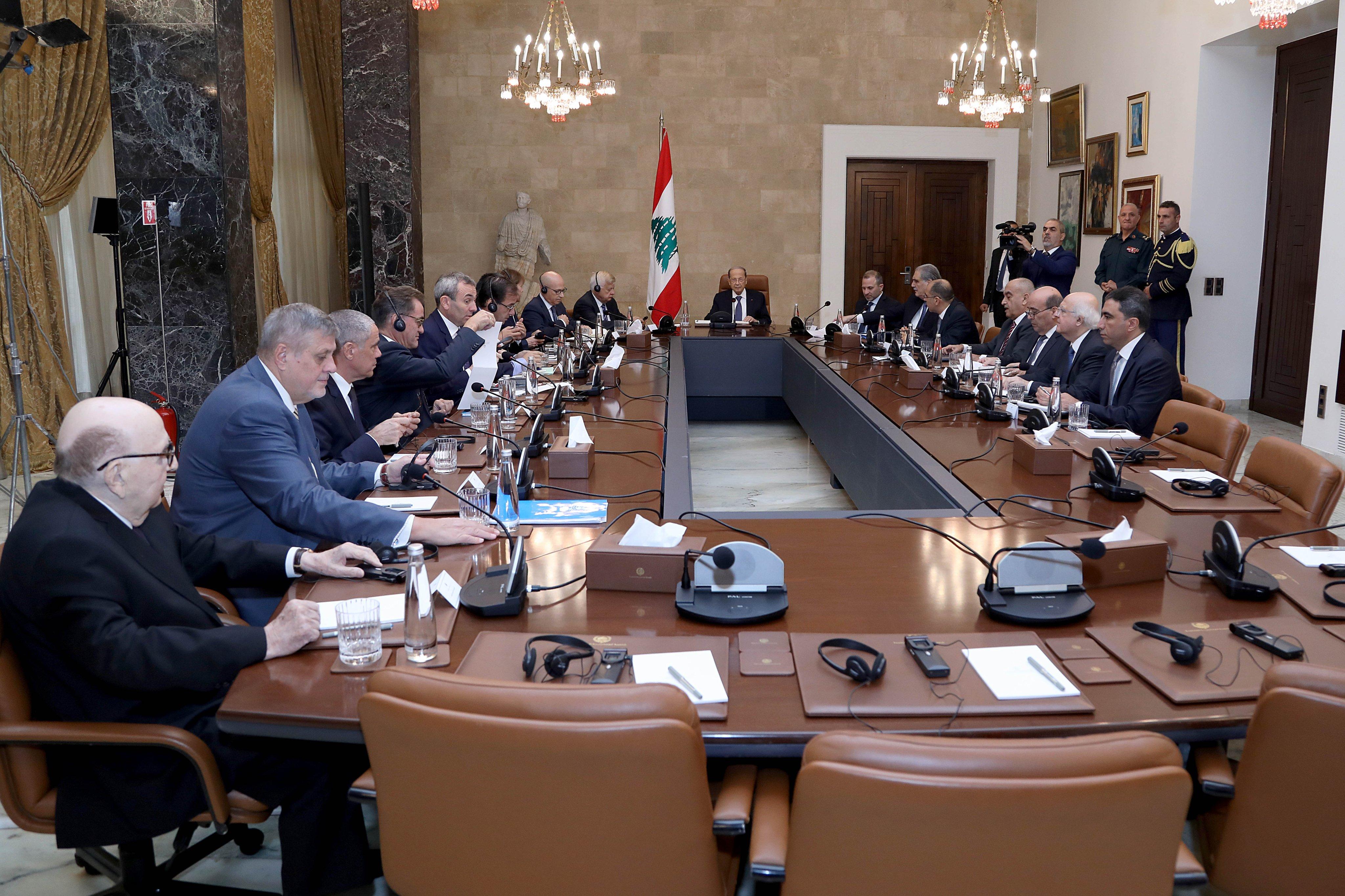 الرئيس عون لسفراء مجموعة الدعم الدولية للبنان: ستكون هناك قريبا جدا حكومة للبنان تواكب الاصلاحات المقررة للأزمة القائمة