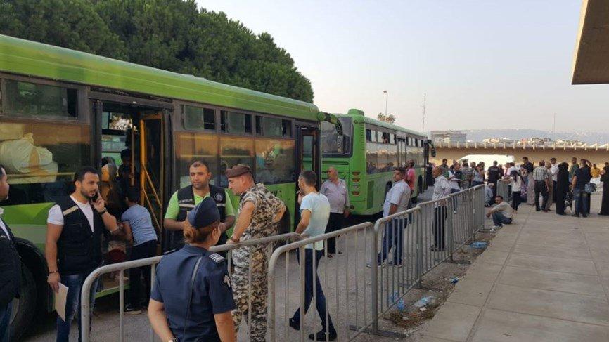 دفعة جديدة من النازحين السوريين غادرت طرابلس عبر الحافلات التابعة لوزارة النقل السورية