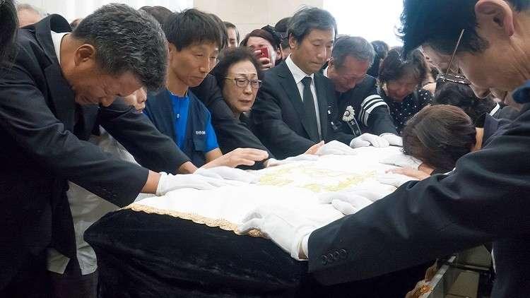 طقوس عجيبة في كوريا الجنوبية لطرد النحس أدت الى وفاة امراة اختناقا بعد مبيتها ليلة داخل تابوت!