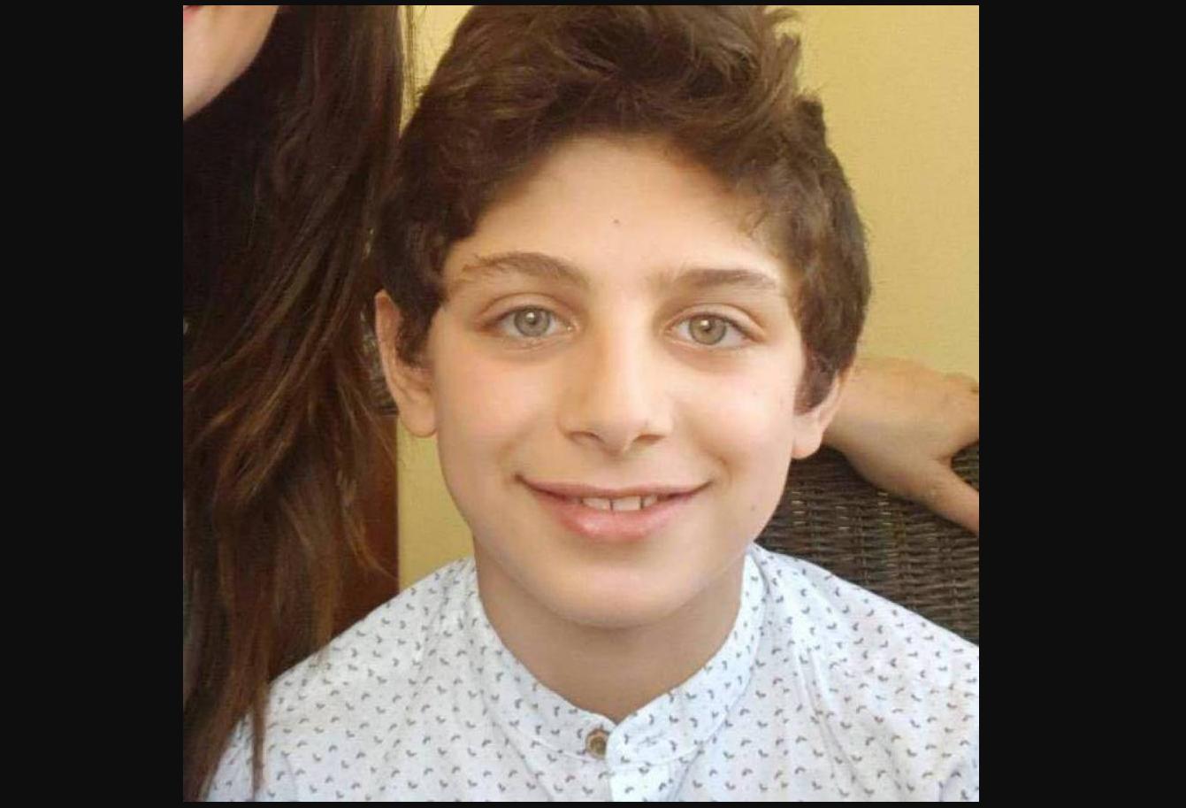 """مايكل ابن الـ 10 سنوات كان يلعب ويضحك حتى اشتكى من ألم شديد في رأسه انتهى بحالة إغماء وغيبوبة... الأهل بانتظار """"معجزة"""""""