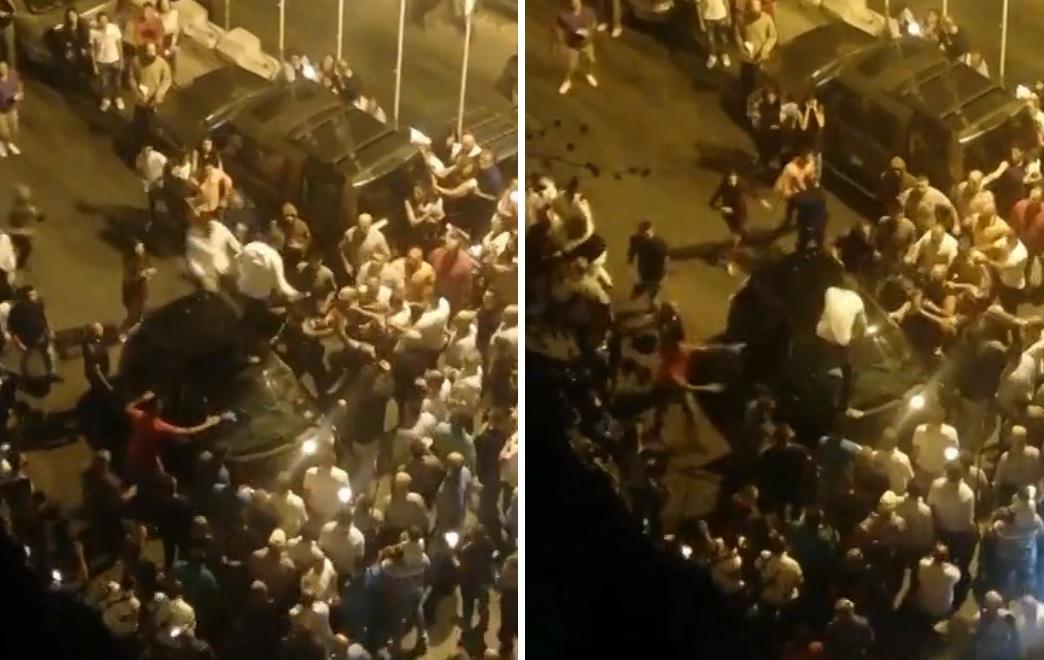 """بالفيديو/ مسيرة """"عيد السيّدة"""" كادت تتحول إلى كارثة في جزين.. شاب بحالة سكر يقتحم بسيارته الجموع !"""