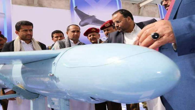 """بعد مزاعم تدمير قاعدة جوية يمنية في صنعاء...طائرة يمنية مسيرة من طراز """"قاصف1"""" نفذت سلسلة غارات على قاعدة الملك خالد الجوية"""
