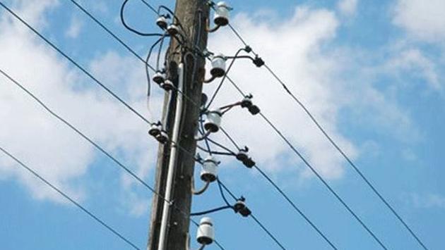 عطل كهربائي منذ الصباح في أحد أحياء الحازمية هدد باشتعال حرائق في الغرف المخصصة لعدادات الكهرباء