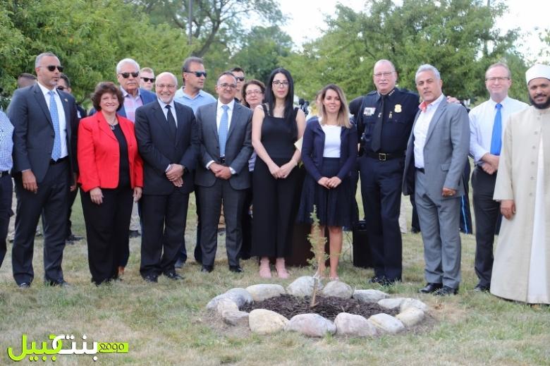 قنصلية لبنان العامة في ديترويت والغرب الاوسط الاميركي تحتفل بزراعة شجرة ارز في مدينة ديربورن
