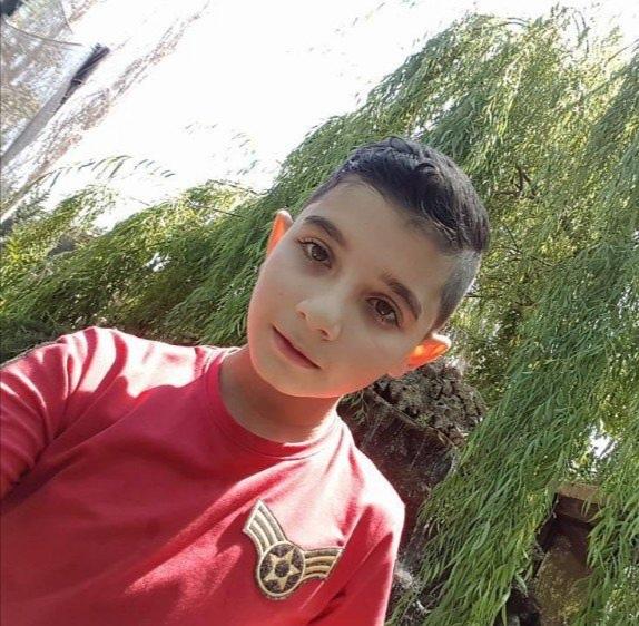 مأساة في حناويه...ألواح خشبية سقطت على الفتى ابراهيم في محل نجارة وقتلته