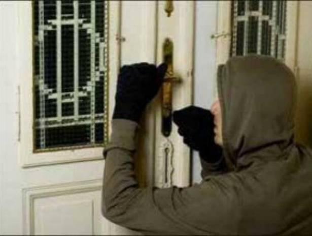مجهول سرق منزل في بلدة زفتا الجنوبية... قيمة المسروقات تقدر بـ 50 مليون!