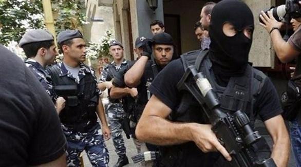 """في محلة طريق المطار... """"مكافحة الإرهاب والجرائم الهامة """" يوقف مروج  ويضبط بحوزته أكثر من 1000 حبة مخدرة!"""