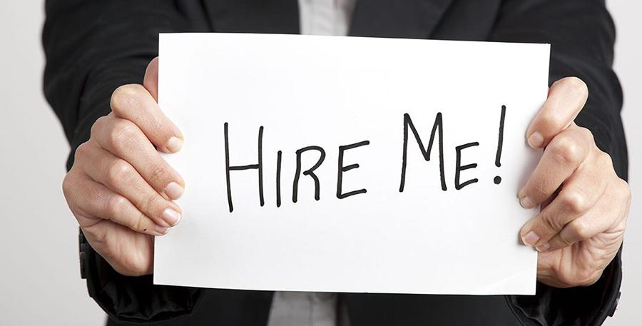 للمهتمين...سيدة تبحث عن فرصة عمل في منطقة بنت جبيل