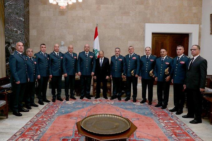 الرئيس عون استقبل قائد الجيش العماد جوزف عون مع وفد من القيادة هنأوه بمناسبة الأعياد المجيدة