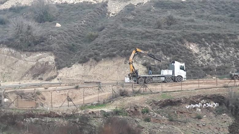 العدو الاسرائيلي أوقف الاعمال قبالة كفركلا وتمركز لجنوده في خراج ميس الجبل