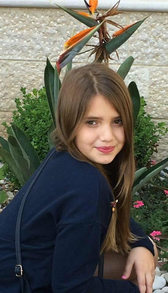 وفاة الطفلة مايا اسماعيل (15 سنة) من بلدة السماعية قضاء صور.. طلق ناري يرجح انه عن طريق الخطأ انهى حياتها ودعوات لانتظار نتائج التحقيق
