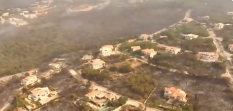 بالفيديو/ مشاهد جوية تظهر كيف تحوّلت منطقة المشرف بعد الحريق الهائل!