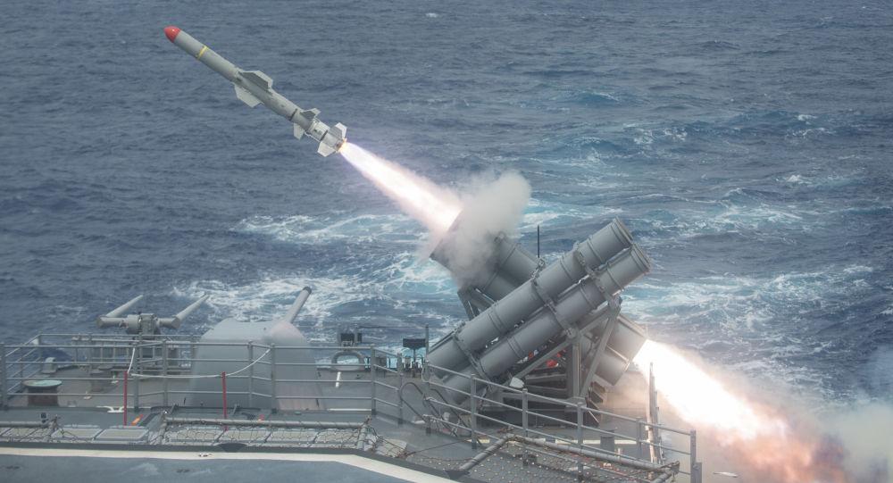 """واشنطن تعلن أنها أجرت تجربة على صاروخ """"كروز"""" التقليدي متوسط المدى"""