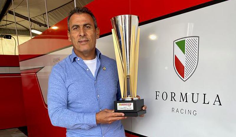 السائق اللبناني تاني حنا بطل أوروبا لتحدي فيراري ووصيف بطل العالم
