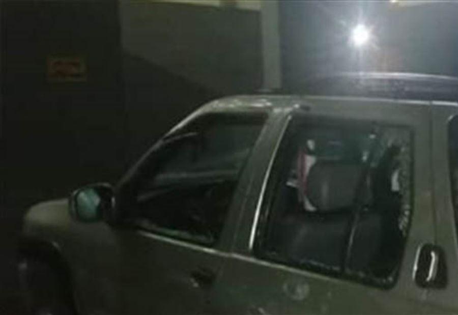 مجهول القى قنبلة على سيارة في أبي سمراء ما أدى إلى تضرر 3 سيارات من دون وقوع إصابات بشرية