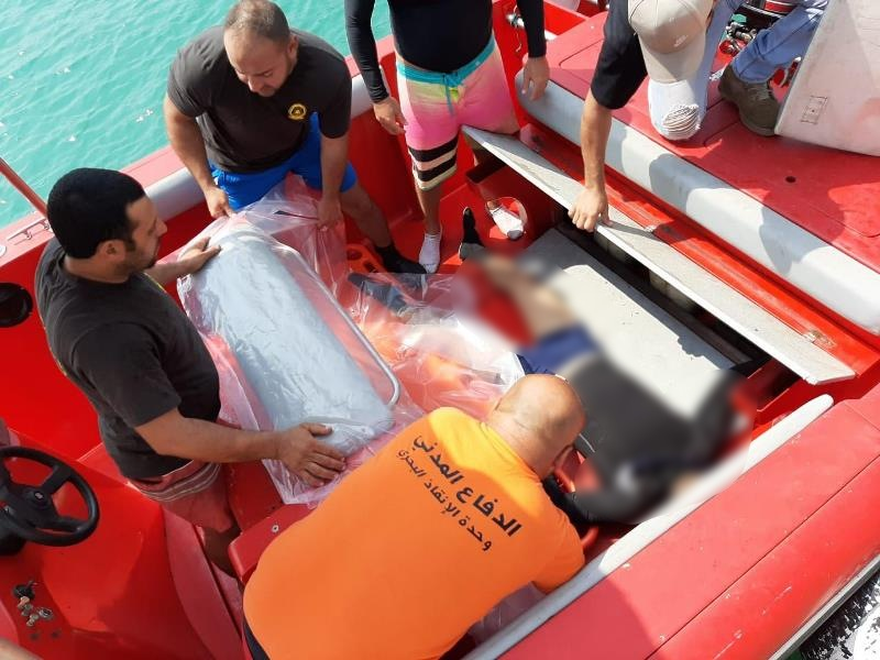 فقد البارحة أثناء ممارسته هواية الغطس الحر...الدفاع المدني ينتشل جثة إبن الـ 40 عاما على عمق 12 مترا على شاطىء المنصف