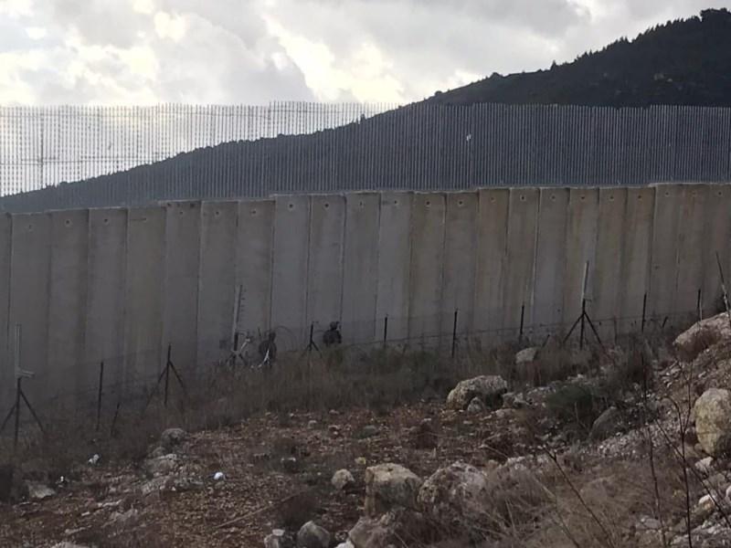 الجيش اللبناني ركب كاميرات مراقبة موجهة نحو الجدار الحدودي امتدادا من سهل مرجعيون وصولا الى العبارة