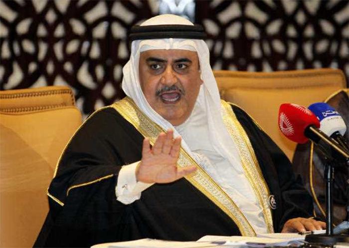 """تعليقاً على زيارة نتنياهو لسلطنة عمان...وزير الخارجية البحريني يشيد بـ""""حكمة"""" السلطان قابوس!"""