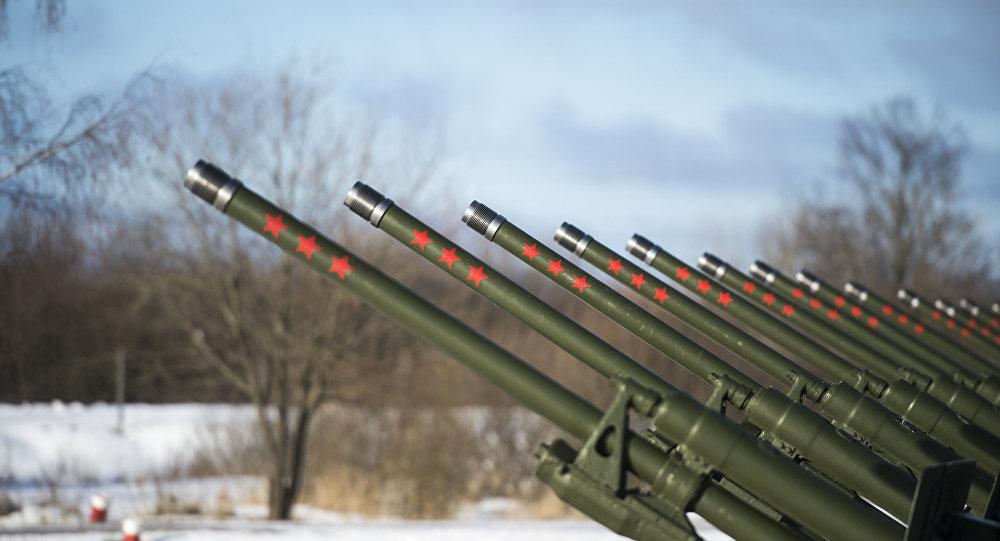 """سوريا تملك مدافع عملاقة عيار 180 ملم من طراز """"اس-23""""...صنعتها روسيا السوفيتية ويمكنها تدمير أهدافاً بعيدة بقذائف شديدة الإنفجار"""