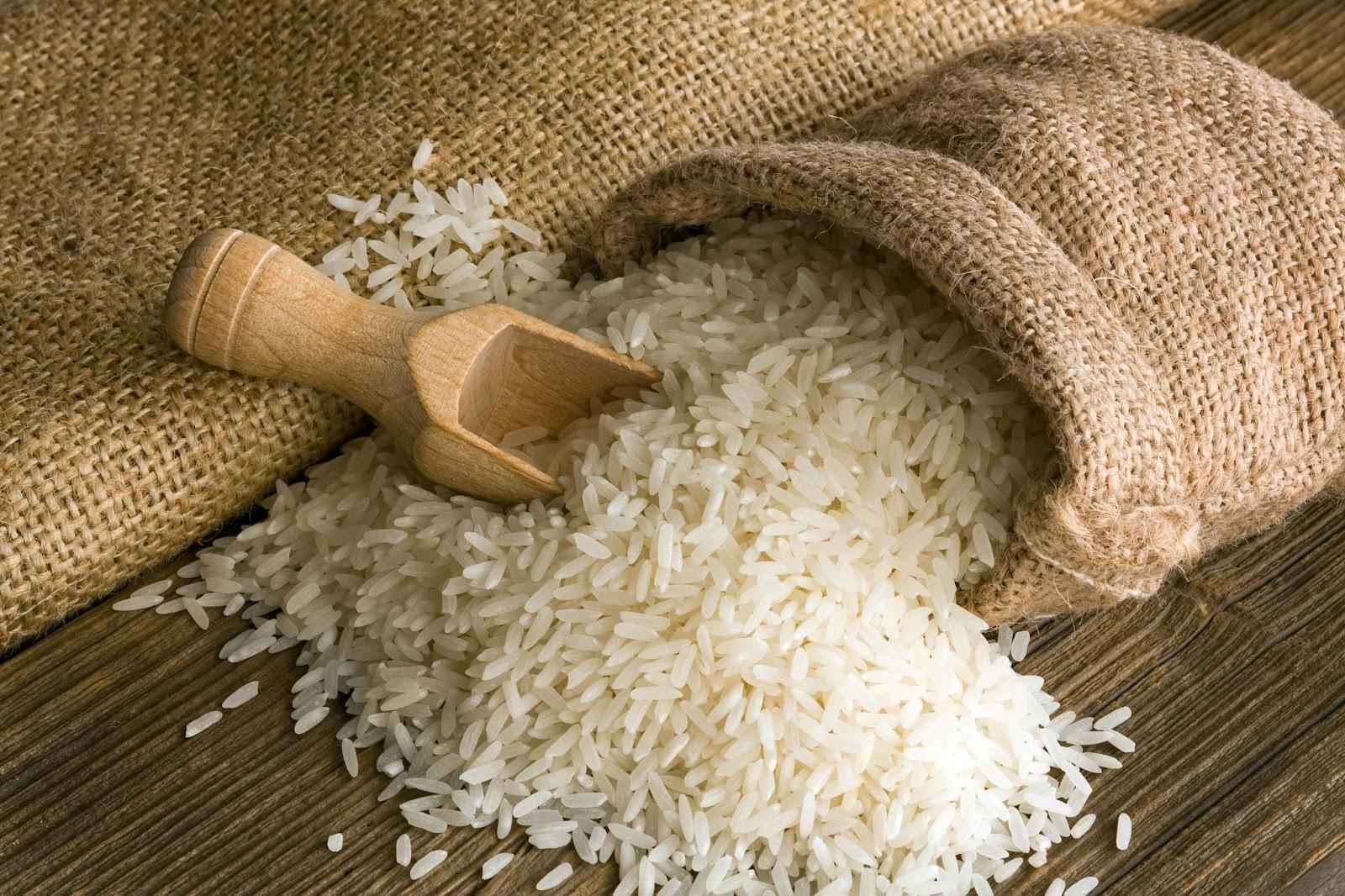 بعد تداول الاشاعات حول وجود أرز مسرطن في لبنان..وزارة الصحة توضح: اي بيان رسمي سينشر على هذا الموقع!