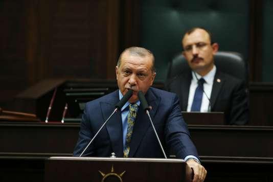 """""""نيويورك تايمز"""": أردوغان رفض رشوة سعودية لإغلاق ملف خاشقجي...عرضت عليه مساعدات مالية واستثمارات لمساعدة الإقتصاد التركي المتعثر"""