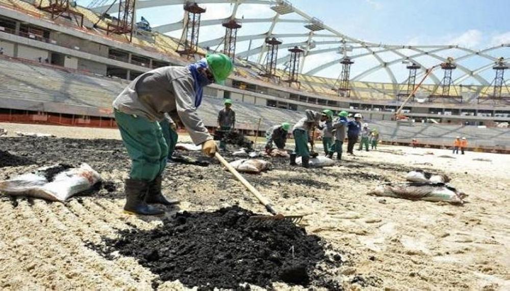 مونديال قطر بقلب العاصفة : ثلاجة الموتى تفيض بعمال كأس العالم.. والفضيحة تتجاوز كل الحدود!