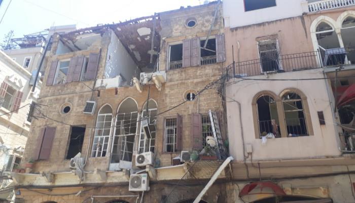محافظ بيروت طلب من كهرباء لبنان عدم قطع التيار ليلا عن المناطق المتضررة من انفجار المرفأ