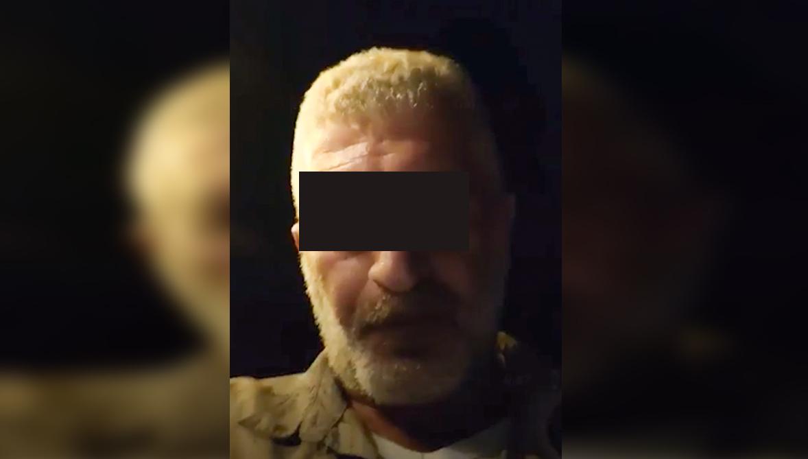 بالفيديو / لبناني يهين المسلمين والنبي محمد (ص) بطريقة نابية.. من يحاسب هذا السافل؟