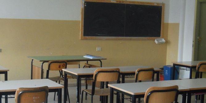 حرصاً على الطلاب من الرصاص الطائش...تعليق للدروس في معظم مدارس صيدا غداً بسبب الأوضاع الأمنية في مخيم المية ومية