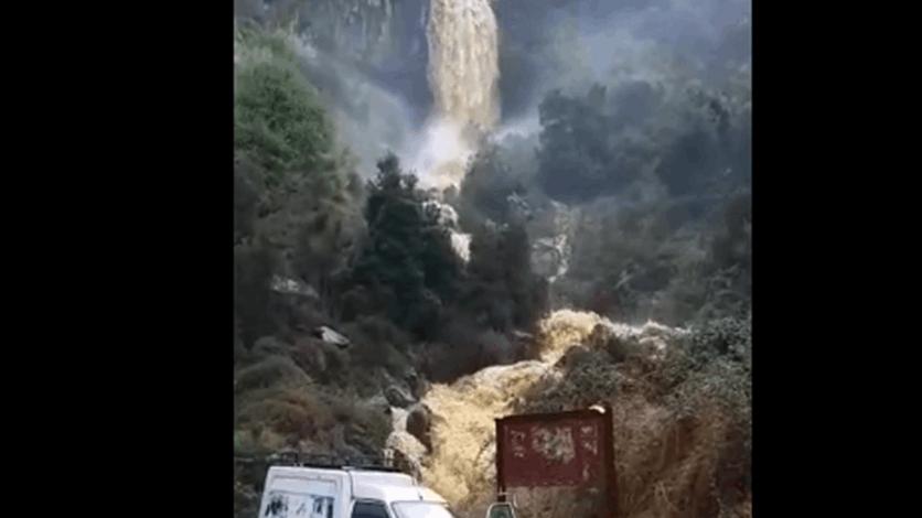 بالفيديو/  ارتفاع كمية المياه في شلال بلدة الغابون-عاليه